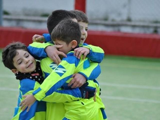 abbraccio dopo un gol