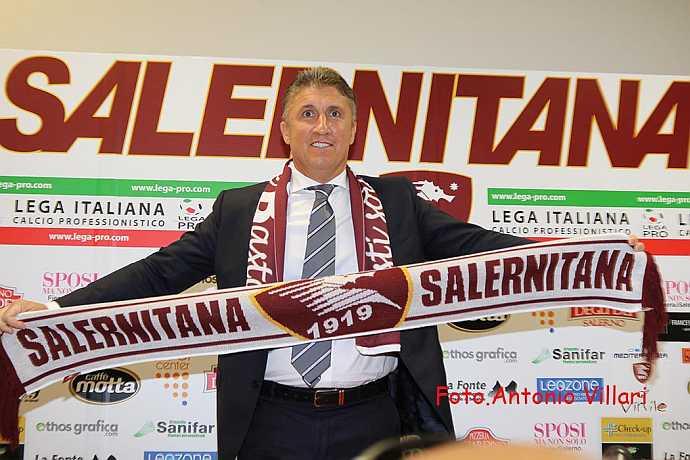 Torrente-con-sciarpa-della-Salernitana